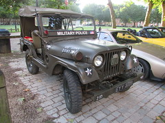 Willys M38 Jeep EYY372B (Andrew2.8i) Tags: queen queens square bristol breakfast club avenue drivers classic classics car cars willys mc m38 jeep american off road