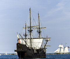 Tall ships 2016 El Galen Andaluca (Spain) pic7 (Artemortifica) Tags: boats chicago navypeir tallships band clouds fountains garden lakemichigan sailors sails skyline summer illinois