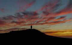 zu zweit ist man/frau weniger allein (konstantin oxy) Tags: love liebe farben zuzweit mann frau paar strand sonnenuntergang rosawolken red yellow