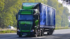 YH66 JKX (panmanstan) Tags: mercedes actros mp4 wagon truck lorry commercial curtainsider freight transport haulage vehicle a63 southcave yorkshire