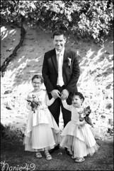 Papa & ses filles. (nanie49) Tags: angers france francia mariage matrimonio boda wedding portrait nanie49 nikon d750 nb bn enfant enfance child kid childhood bambino infanzia nio infancia kindheit