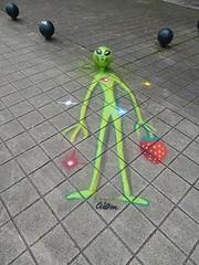 Graff in Lisboa (brigraff) Tags: streetart sprayart porto portugal aiem brigraff extraterrestre vert trottoir