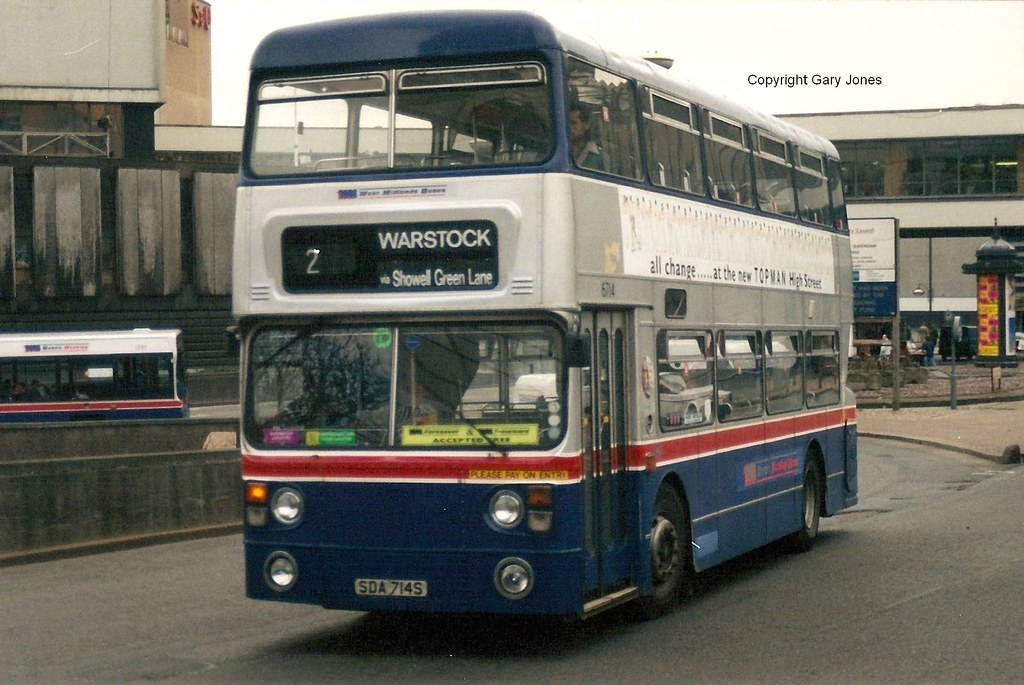The world 39 s best photos of buses and wmt flickr hive mind for Table 52 go bus