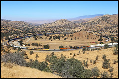 Walonger (golden_state_rails) Tags: up union pacific bnsf santa fe southern sp atsf tehachapi pass loop walong marcel walonger qrvwcb