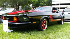 1972 Ford Mustang Custom (2005 modifications) (Michel Curi) Tags: lakemirrorclassic lmc16 lmc lmc2016 lakeland florida lovefl lakemirror lakemirrorautofestival lakemirrorpark downtown heacockclassic cars auto automobile coches vehculos vehicle automvil carros car voiture automobiel transportation transport classiccars vintageautomobiles antique old vehculosclsicos carshow crusein fest festival ford mustang