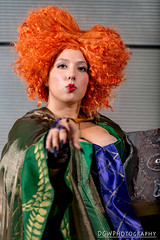Winifred from Hocus Pocus (dgwphotography) Tags: nycc nycc2016 newyorkcomiccon nikond600 nikoncls cosplay hocuspocus