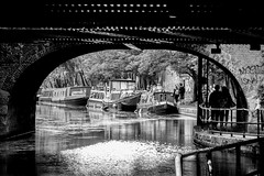 Camden Walk (SirisVisual) Tags: 2016 london londres vacances voyage weekend week end aot t arc architecture lane united kingdom underground subway olympus omd em5 omdem5 mirrorless hybrid street photography rond cercle texte travel british visual art creative people hype photographie station trip sirisvisual siris galerie down contrast noir et blanc monochrome symtrie intrieur gomtrique bordure photo vlo abstrait vhicule texture extrieur hypebeast createcommune explore create fatalframes just go shoot select stop route hall