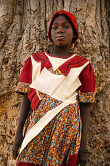 Dogon girl with a colorful dress (Zalacain) Tags: red portrait girl dress tribal worldheritagesite mali dogoncountry