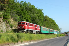 Climbing on the narrow gauge (Krali Mirko) Tags: train railway bulgaria locomotive  bdz