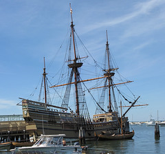 IMG_3282,3,4,5 SX1  03JUL10 Mayflower II , Plymouth MA (gre99qd) Tags: panorama canon sx1 mayflower plymouthma mayflowerii sx1is canonsx1is canonpowershotsx1is