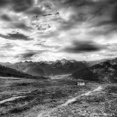 Col de Granon (Roberto Defilippi) Tags: bw mountain clouds landscape nuvole bn francia montagna hdr paesaggio rodeos 2013 niksoftware coldegranon photoshopcs6 photomatixpro42 robertodefilippi