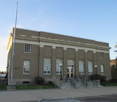 Post Office 68818 (Aurora, Nebraska) (courthouselover) Tags: nebraska ne aurora postoffices hamiltoncounty