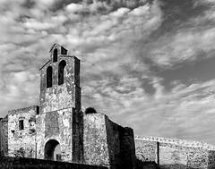 Iglesia de Santiago, Tarifa (Franci Esteban) Tags: iglesia iglesiadesantiago tarifa tarifaantigua arquitectonico arquitectura