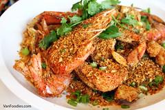 Prawns & Crab (VanFoodies) Tags: 21nauticalmilesseafoodbar yaletown seafoodboil crawfish skewers lamb beef oysters crab kingcrab snowcrab mussels clams vancouver abalone millecrepe