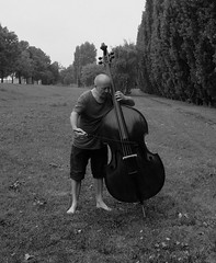 Mimi Marjanovi-Gonski, 18.08.2016, Zagreb, Croatia. Photo by Stanko Abadi (GALLERY GONSKI) Tags: mimimarjanovicgonski doublebass stanko abadi zagreb croatia