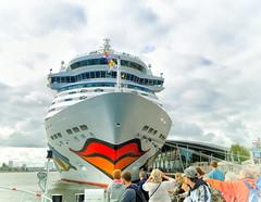 160823-1 (sz227) Tags: aida aidadiva passagierschiff kreuzfahrtschiff rostockwarnemnde rostock sz227 zackl sony sonyslt58