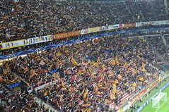 (l3o_) Tags: galatasaray sar krmz red yellow football futbol cfr cluj champions league ampiyonlar ligi