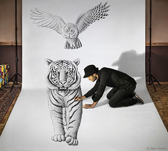 Pencil Vs Camera 74 - Making 2 (Ben Heine) Tags: tiger tigre makingof pencilvscamera art 3d benheine drawing dessin studio anamorphosis anamorphose illusion animal sketch giant benheineart