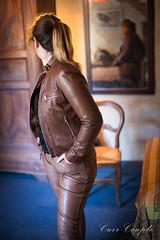 elle267 (Cuir Couple) Tags: cuir leder leather cuero veste jacket jupe skirt pantalon pant hosen mistress maitresse cuissardes matre master bondage bdsm cravache martinet