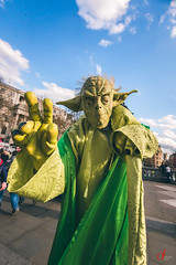 (UrvishJ) Tags: highlands highland culture traditions landscape abstract patterns london history historic londondiaries londontour westminster trafalgar square trafalgarsquare yoda starwars queenelizabeth queen royalty heritage thames river