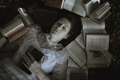 * the old books * (Xavier R. photography) Tags: bestportraitsaoi