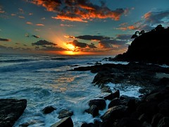 sunrise froggys (rod marshall) Tags: ocean sunrise snapperrocks