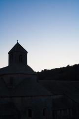 Crpuscule (mll) Tags: soir crpuscule gordes lightroom abbaye aat snanque