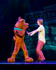 """Hey Scooby!"" ( ian) Tags: kids texas allen unitedstates performance scoobydoo shaggy scooby mysterymachine velmadinkley daphneblake 2013 fredjones camera:make=canon exif:make=canon exif:focal_length=105mm geo:state=texas canoneos7d norvillerogers exif:iso_speed=3200 alleneventcenter geo:countrys=unitedstates exif:lens=ef24105mmf4lisusm camera:model=canoneos7d exif:model=canoneos7d ianaberle exif:aperture=40 geo:city=allen scoobydoolivemusicalmysteries geo:lon=966548333333 geo:lat=331275"