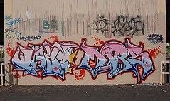 (jmp en ktm) Tags: mars terrain art abandoned graffiti tag bat peinture hsv lecercle 720 saek wazo mal1 uploaded:by=flickrmobile flickriosapp:filter=nofilter