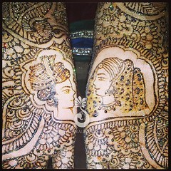 Dulha dulhan mehndi for one of my brides this weekend! Congratulations to all the #newlyweds from this weekend! (Hiral Henna) Tags: square squareformat iphoneography instagramapp uploaded:by=instagram