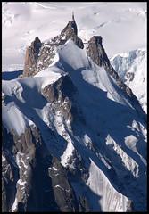 Chamonix, aiguille du Midi vue depuis les Grands-Montets (Ytierny) Tags: panorama france montagne alpes altitude glacier piton neige midi blanche chamonix montblanc alpinisme massif hautesavoie valle aiguille belvdre srac ytierny