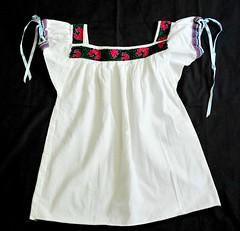 Tzeltal Maya Blouse Chiapas Mexico (Teyacapan) Tags: clothing maya mexican textiles chiapas embroidered prendas blouses ocosingo blusas tzeltal