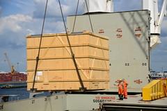 Chipolbrok Pacific (DST_8765) (larry_antwerp) Tags: chipolbrok chipolbrokpacific 9710177 breakbulk liebherr crane abes terminal crate kist antwerp antwerpen       port        belgium belgi          schip ship vessel