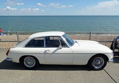 MGB GT_8536 (pjlcsmith2) Tags: minsterleas classicvehiclesontheseafront 2016 cars sweethut sheppey classiccarshow mgbgt