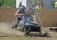 drag021 (minitmoog) Tags: dragrace grass dragracing sleds snowmobiles skoter veteran vintage lycksele