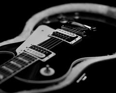 Gibson Les Paul on Film (Pali K) Tags: deardorff 8x 8x10film illford hp5plus blackandwhite gibson les paul guitar studio largeformat symmars 360mm f68 scanmate 11000 pmt drumscan drumscanner filmisawesome filmphotography filmisnotdead analog istillshootfilm ilovefilm