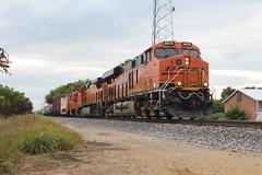 BNSF 8075 (CC 8039) Tags: bnsf css ice dme cp trains es44ac ac44cw gp38 lanark illinois