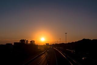 [2016-09-12] 01.Golden hour on the highway