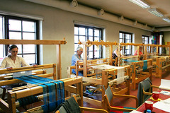 (RAIL REED & weaving) Tags: weaving looms weavers summercourses weavehackers rigidheddlemodules