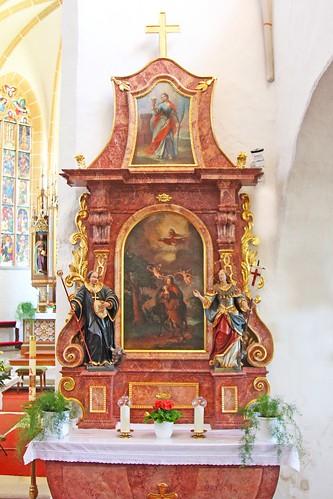 Friedersbach.Pfarrkirche. Rechter Seitenaltar., 1750