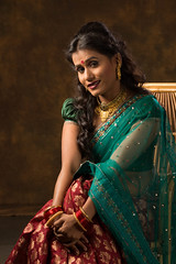 CJP_5692.jpg (Tejes Nayak) Tags: tejesn portrait color garment shoot saree green red traditional suchitra storyteller