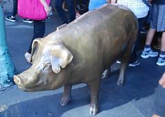 Seattle - Pike Place Market - Rachel the Piggy Bank (jrozwado) Tags: northamerica usa washington seattle pig bank rachel pikeplace market shopping