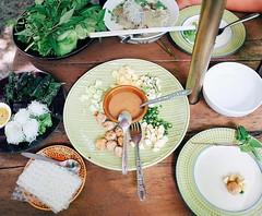 หูยยย น่ากินทุกอย่าง #หมูห่อใบชะพลู #แหนมเนือง #ก๋วยเตี๋ยว #อาหารเวียดนาม #vietnamfood #ดาราอาหารเวียดนาม