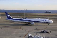 JA756A Boeing B773 HND 02Dec2012 (Citation Ten) Tags: ja756a b773 ana hnd