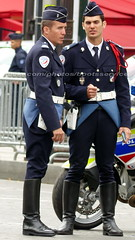 bootsservice 16 500836 (bootsservice) Tags: uniforme uniformes uniform uniforms bottes boots riding boots moto motos motorcycle motorcycles motard motards motorcyclists motorbike gants gloves police policier policiers policeman policemen parade dfil 14 juillet bastille day champs elyses paris