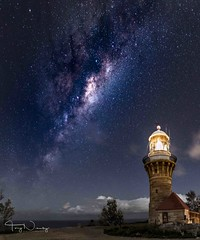 barrenjoey- (newbs216) Tags: astro barrenjoeylighthouse milkyway night palmbeach stars