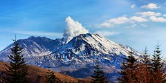 Panorama of steam eruption from Mt St Helens (Paddrick) Tags: paddrick pano panorama volcano sthelens