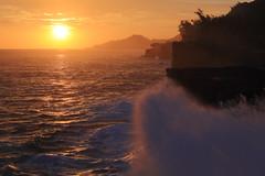 La Runion - Cap Mchant (Michael.Kemper) Tags: voyage travelling reise le de la runion indian ocean indischer ozean ocan indean frankreich france maskarenen maskarenische inseln insel mascarene island islands mascareignes canon eos 6d canoneos6d ef f4 l usm cap mchant capmchant sunset sonnenuntergang canonef2470f4lisusm 2470 is sun wave waves welle wellen red orange rot