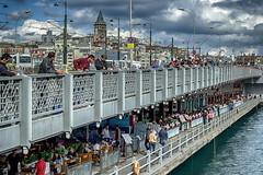 Puente Glata... (Leo ) Tags: puente pescadores gente urbana ciudad mar pesca torre arquitectura estambul turqua glata