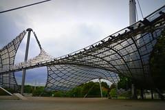 גאומטריה בארכיטקטורה (pringle-guy) Tags: nikon munich munchen germany deautschland soccer sport football bayernmunich olympic olympicstadium olympicpark מינכן גרמניה ספורט כדורגל אולימפיאדה ארכיטקטורה הפארקהאולימפי האיצטדיוןהאולימפי